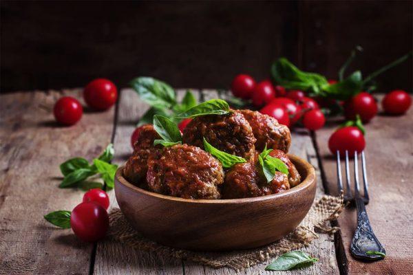 Spanske kjøttboller i tomat saus