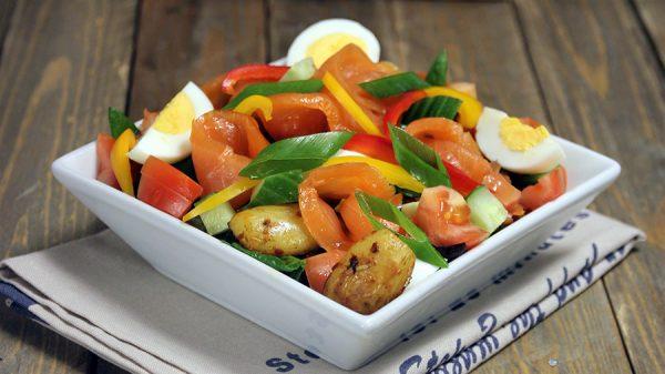 Laks-og-potetsalat