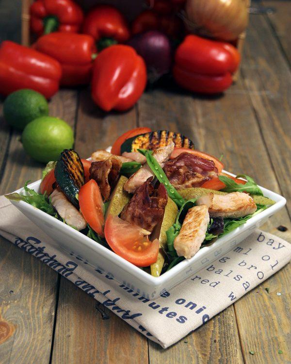 Pæresalat-med-bacon-og-svin