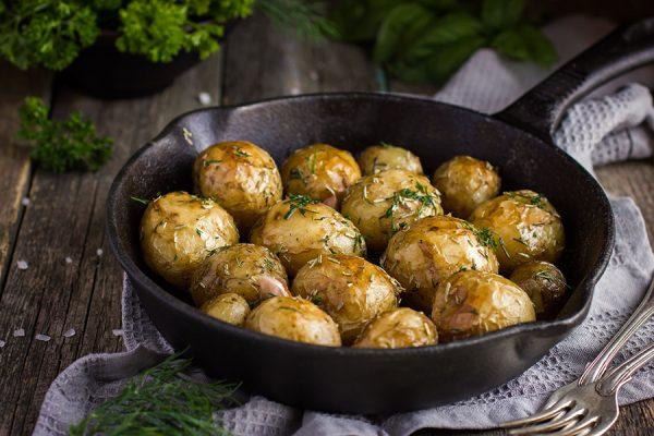 Saltbake amandine poteter med aioli